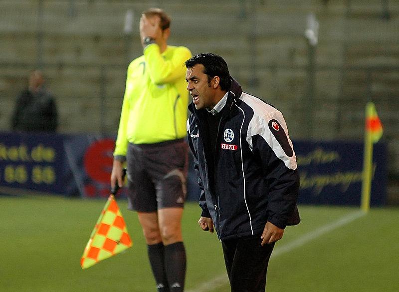 Stuttgarts Trainer Robin Dutt