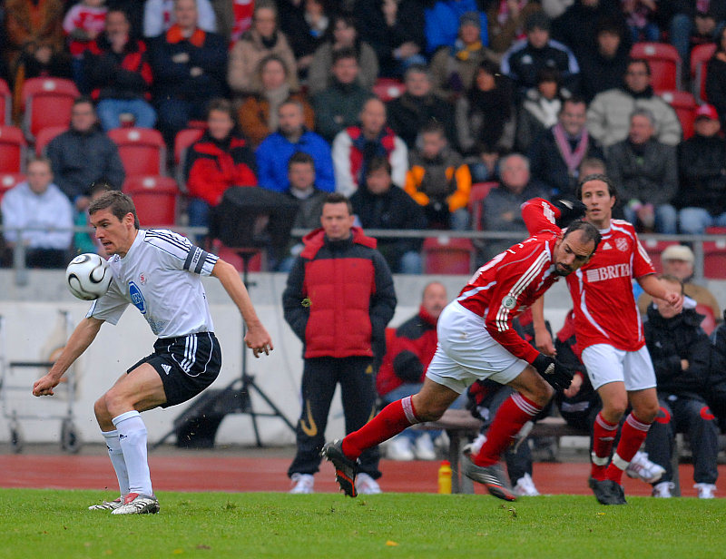 Thorsten Sch�newolf am Ball