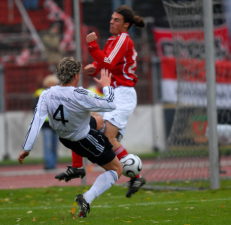 Kim Schwager gegen Torge Hollmann