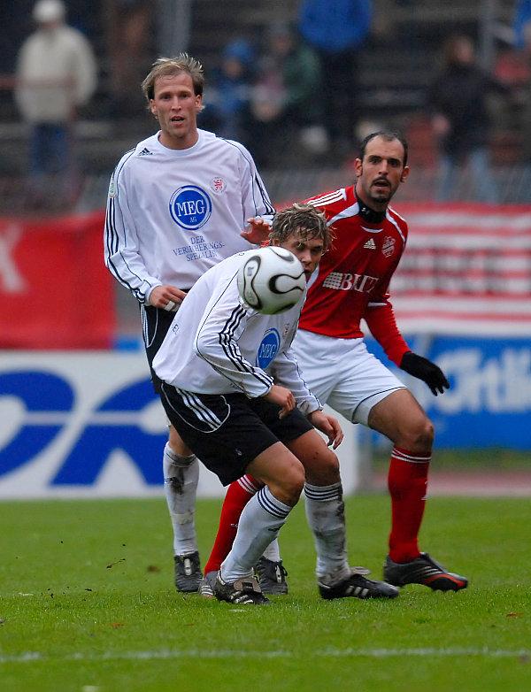 Christoph Keim (hi) gegen Matias Cenci und Kim Schwager