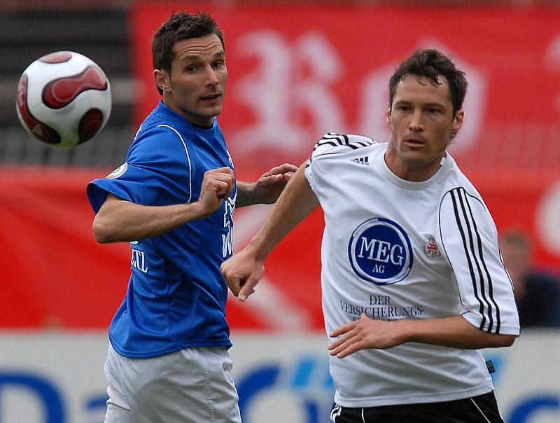 Michael K�mmerle gegen Stefan Leitl (links)