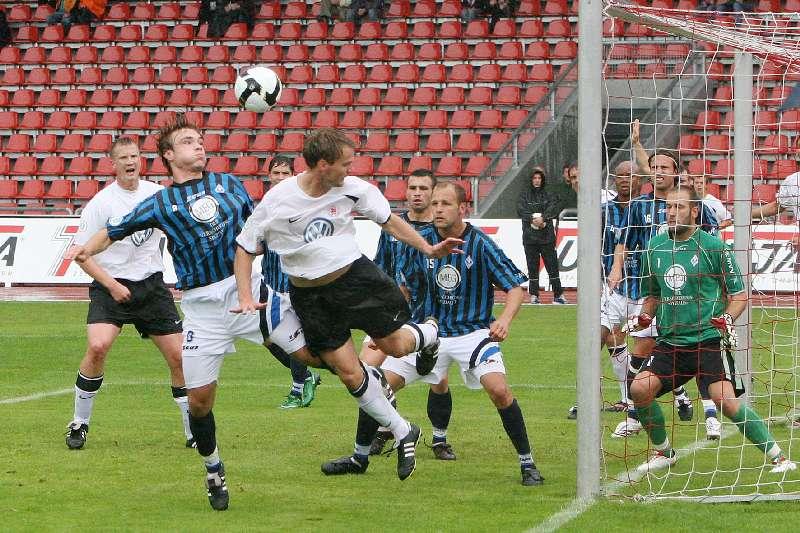 KSV-Mannheim: Gab seine Liga- Premiere im KSV- Dress und �berzeugte: Mittelfeldmann Enrico Gaede