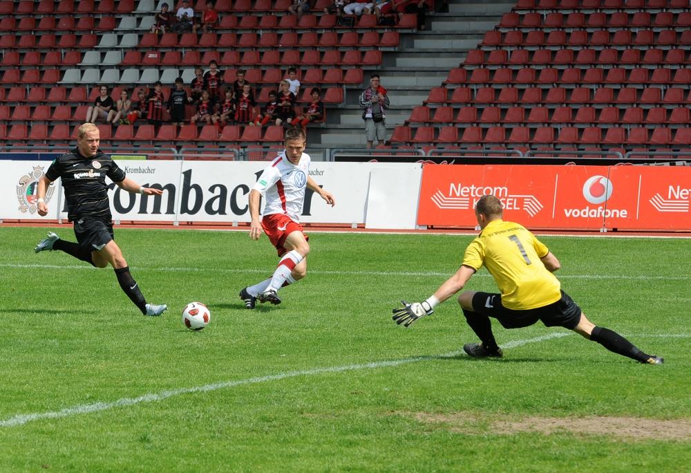 KSV Hessen - SV Wehen Wiesbaden II: Tobias Damm