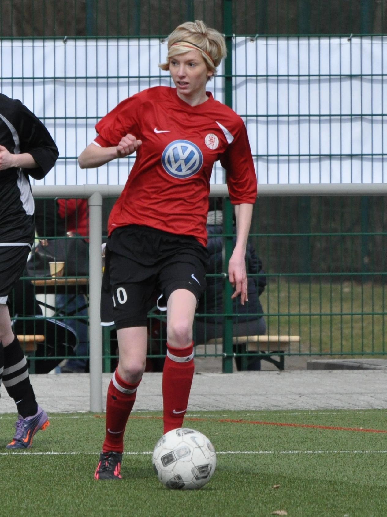KSV Hessen Kassel - SG Wilhelmsh�he/Kaufungen: Ricarda Grie� am Ball