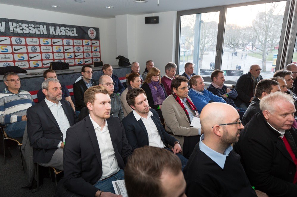 Wirtschaft trifft Sport: mowin.net, BVL, DEENET beim KSV Hessen Kassel. Spiel gegen Waldhof Mannheim, 24.02.2017