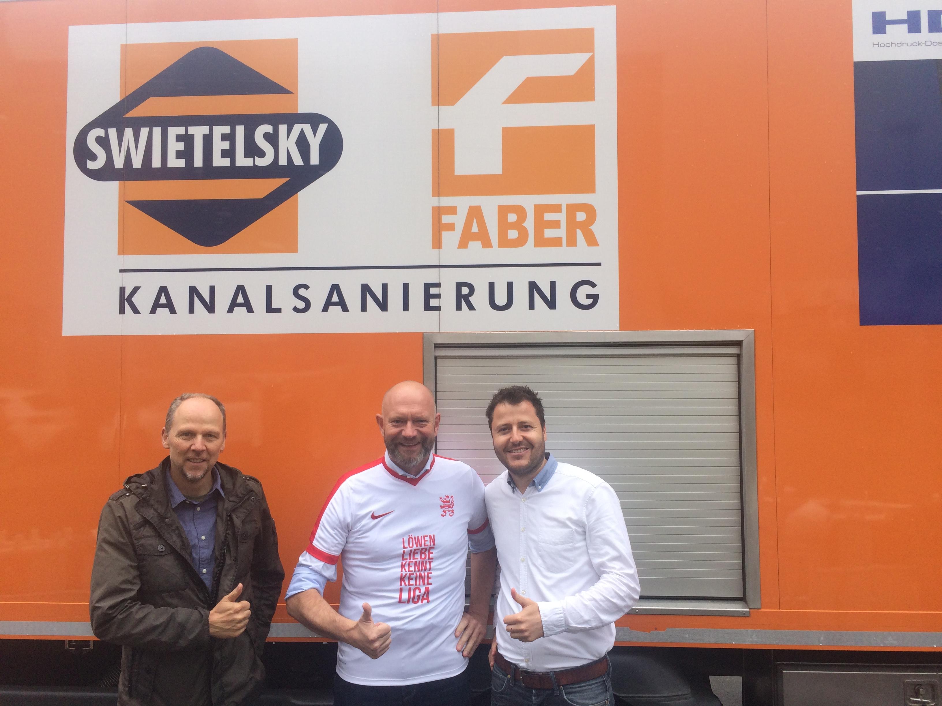 Direkt auf der Baustelle:  Jens Lüdecke, KSV-Aufsichtsrat, Bernd Schäfer (Swietelsky und Faber) und Michael Krannich (KSV-Geschäftsführer)