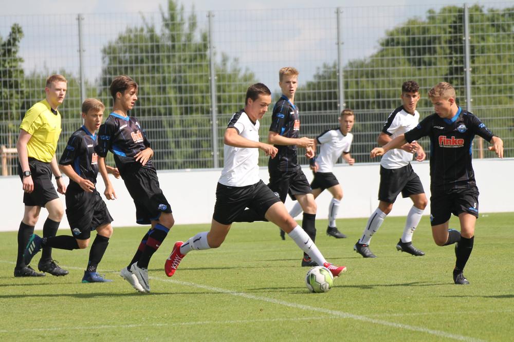 Paderborn gegen U17