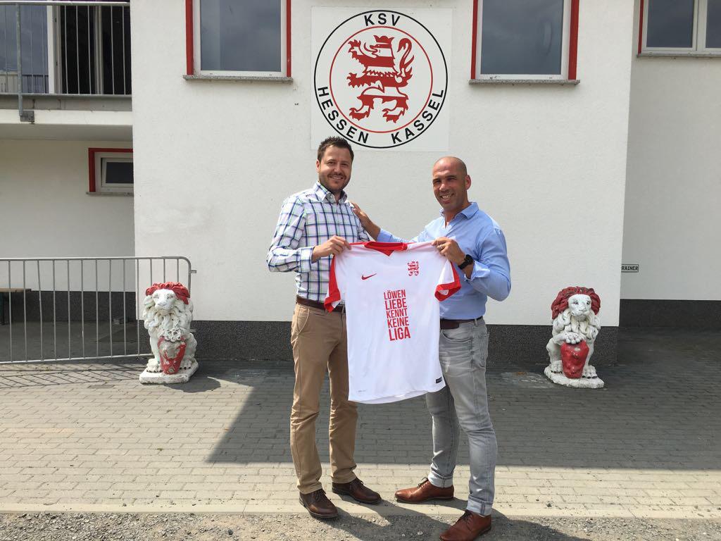 Michael Krannich und Ernesto Plantera freuen sich über die Verlängerung der Partnerschaft