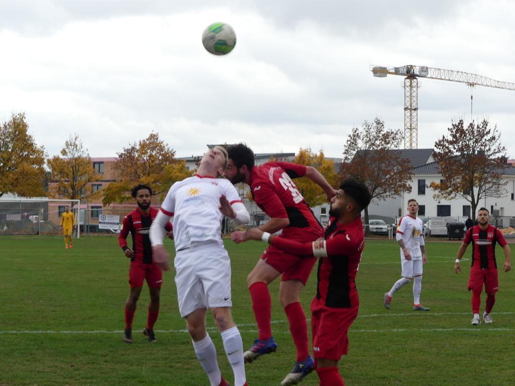Türk Gücu Friedberg - KSV Hessen Kassel: Brian Schwechel