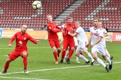Lotto Hessenliga 2018/2019, KSV Hessen Kassel, FC Ederbergland, Endstand 4:1, Sergej Evljuskin (KSV Hessen Kassel), Brian Schwechel (KSV Hessen Kassel), Sebastian Schmeer (KSV Hessen Kassel)