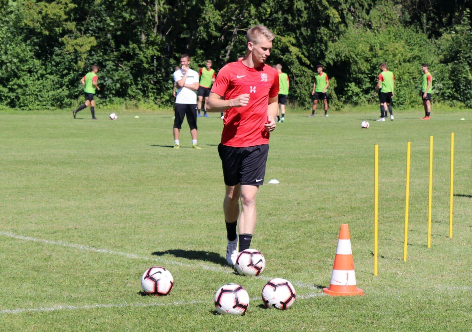 Brian Schwechel verlängert bis 2020 beim KSV