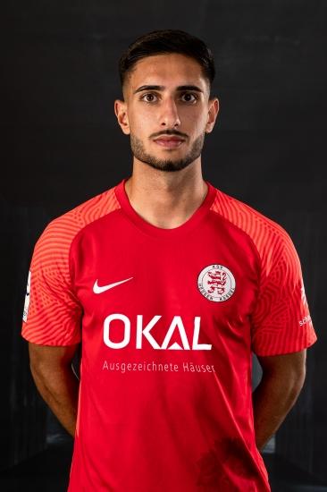 6 Aram Kahraman