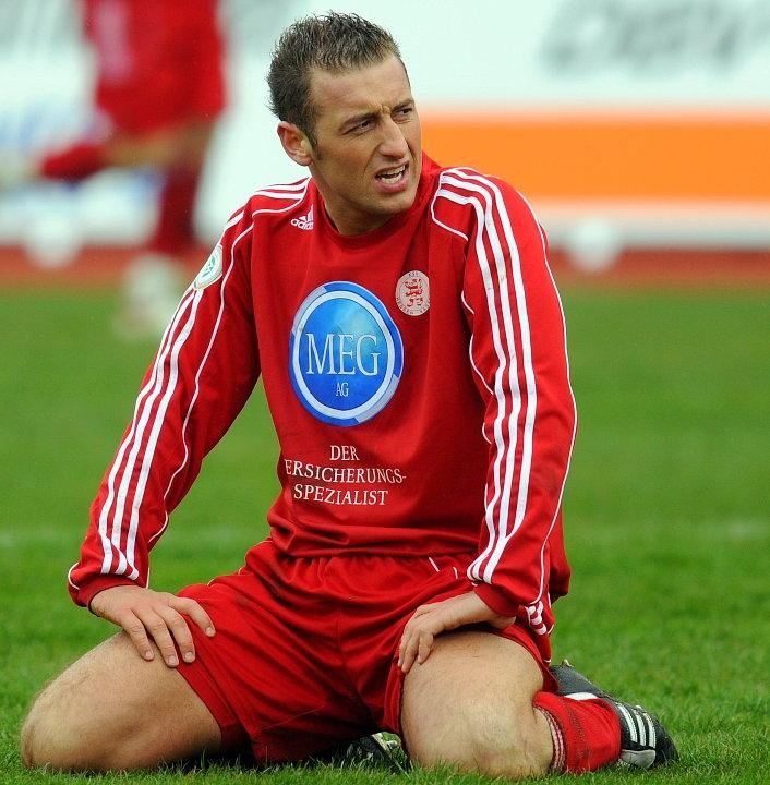 Andreas Haas (KSV Hessen Kassel) entt�uscht nach einer vergebenen Torchance