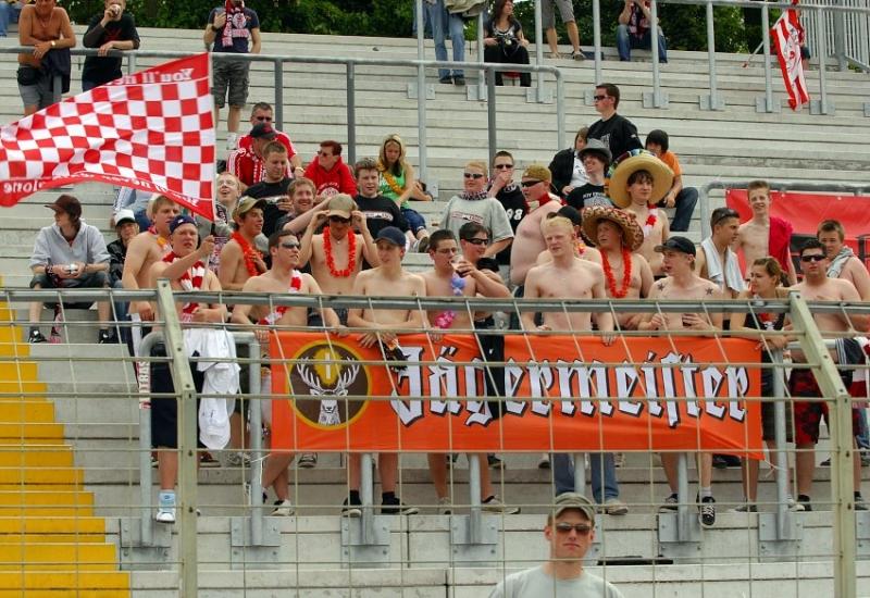 Etwa 50 KSV-Fans waren nach Oggersheim mitgereist