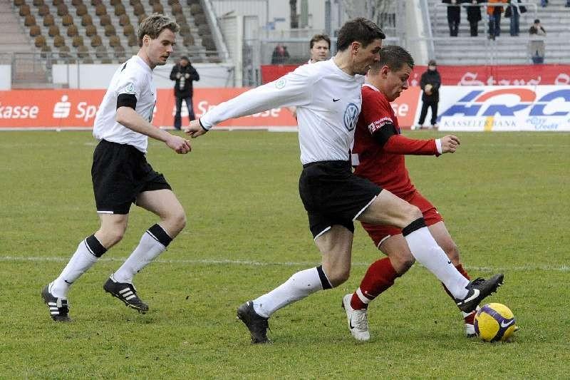 KSV Hessen - FC Heidenheim: Enrico Gaede und Thorsten Sch�newolf
