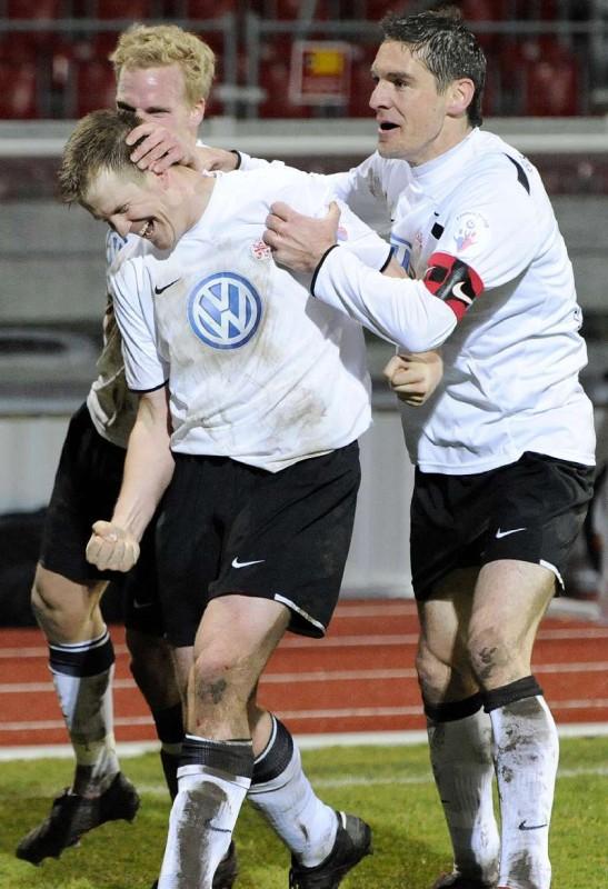 KSV Hessen - SV Darmstadt 98: Sebastian Gundelach, Thorsten Bauer, Thorsten Sch�newolf