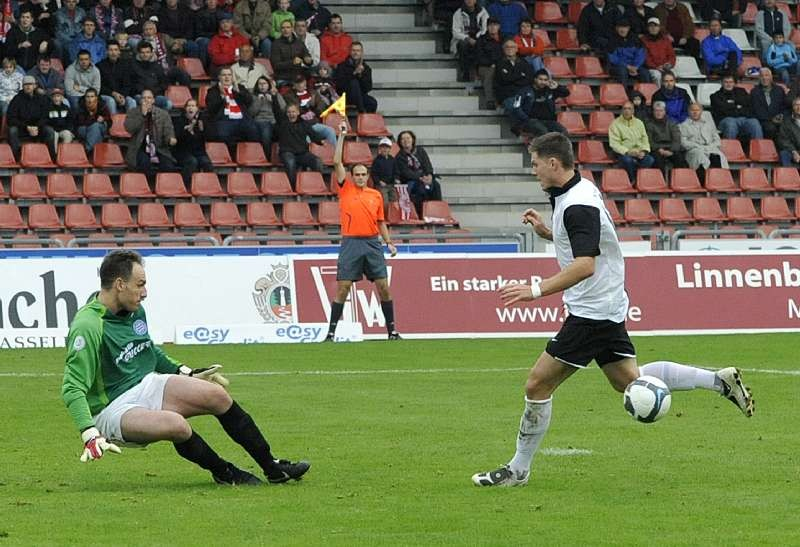 KSV Hessen Kassel - FC Bayern Alzenau: Thomas Brechler