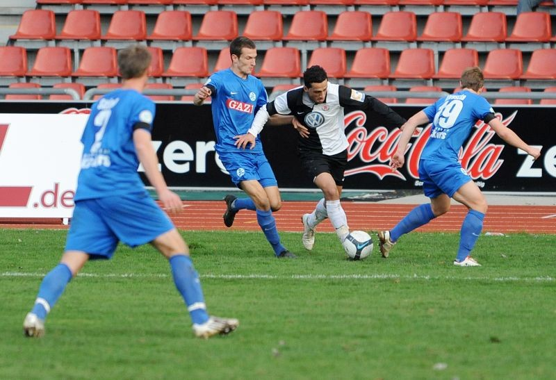 KSV Hessen - Stuttgarter Kickers: Harez Habib