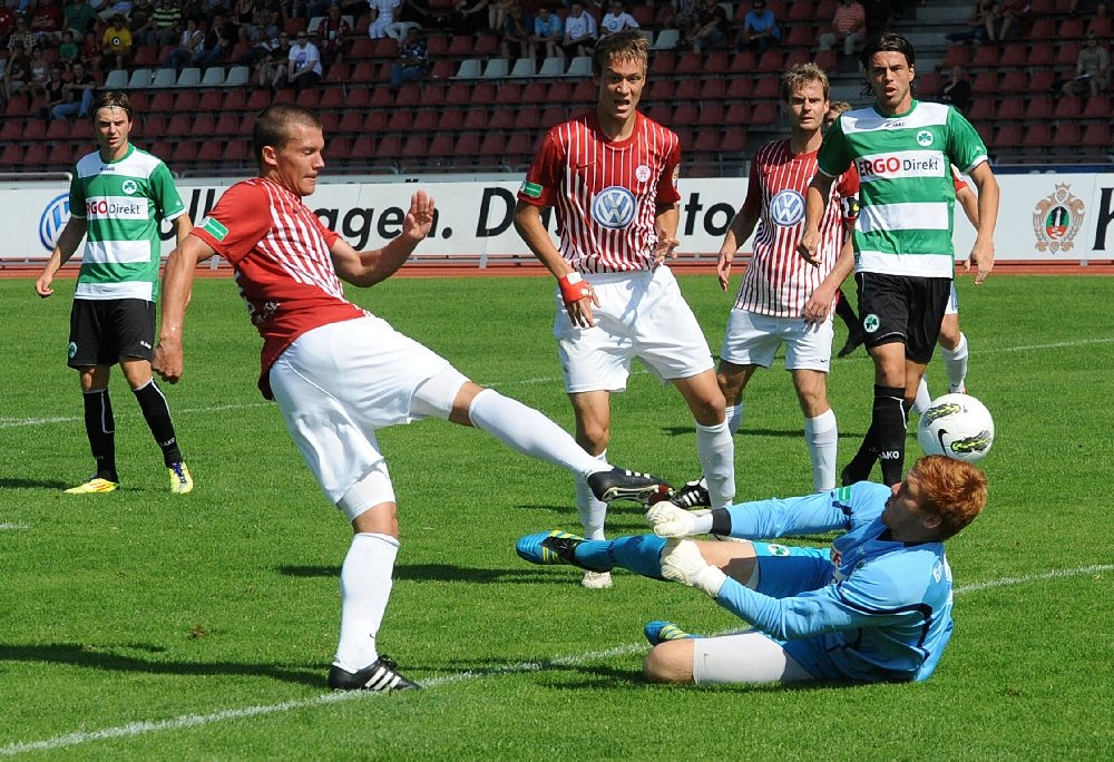 KSV Hessen - Greuther F�rth II: Patrick Wolf, Tim Knipping, Enrico Gaede