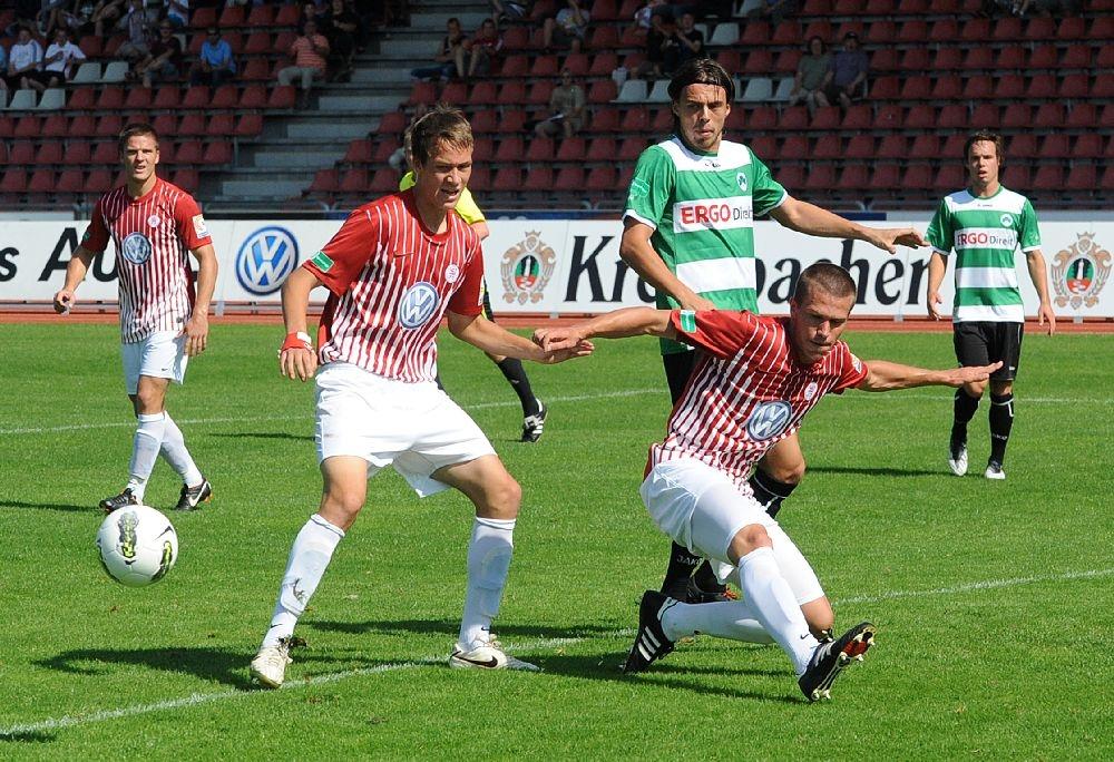 KSV Hessen - Greuther F�rth II: Tobias Damm, Tim Knipping, Patrick Wolf
