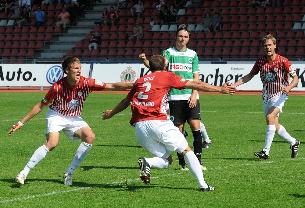 KSV Hessen - Greuther F�rth II: Jubel, Tim Knipping, Patrick Wolf, Enrico Gaede