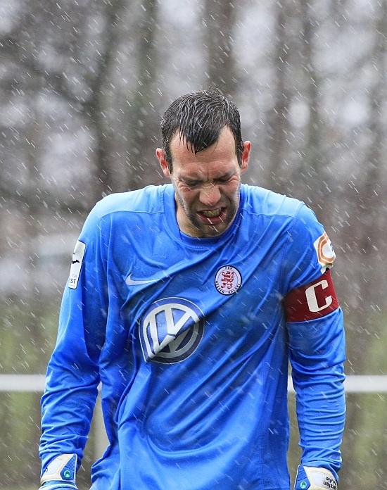 Carsten Nulle bei Starkregen