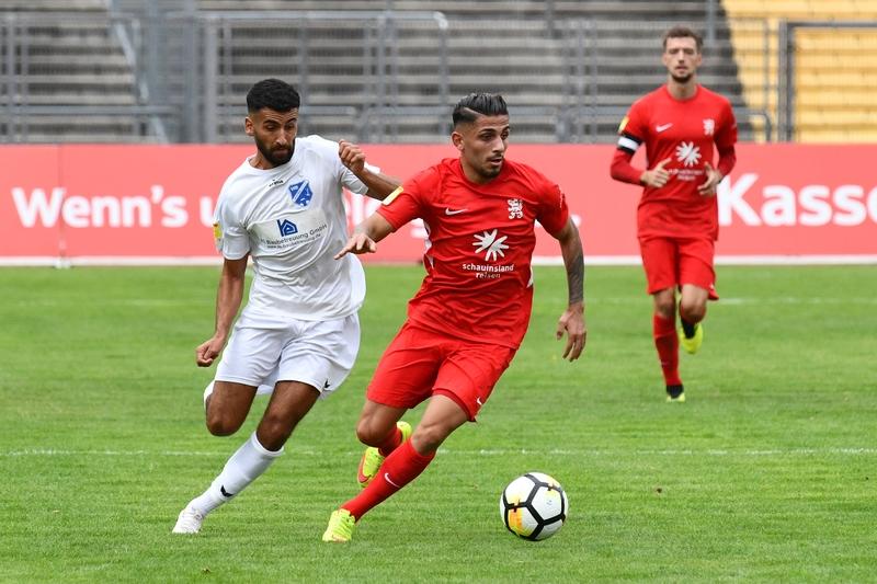 Lotto Hessenliga 2018/2019, KSV Hessen Kassel, VFB Ginsheim, Endstand 2:2, Nael Najjer (KSV Hessen Kassel)