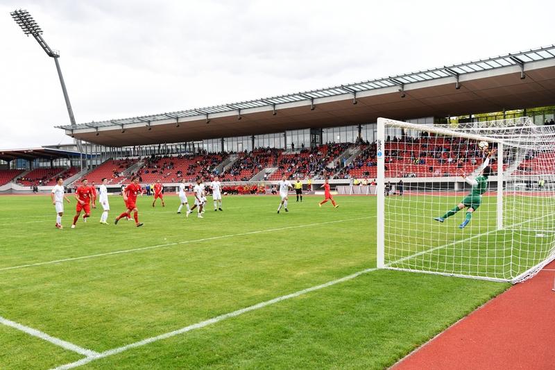 Lotto Hessenliga 2018/2019, KSV Hessen Kassel, VFB Ginsheim, Endstand 2:2, Tor zum 2:2, Ingmar Merle (KSV Hessen Kassel)