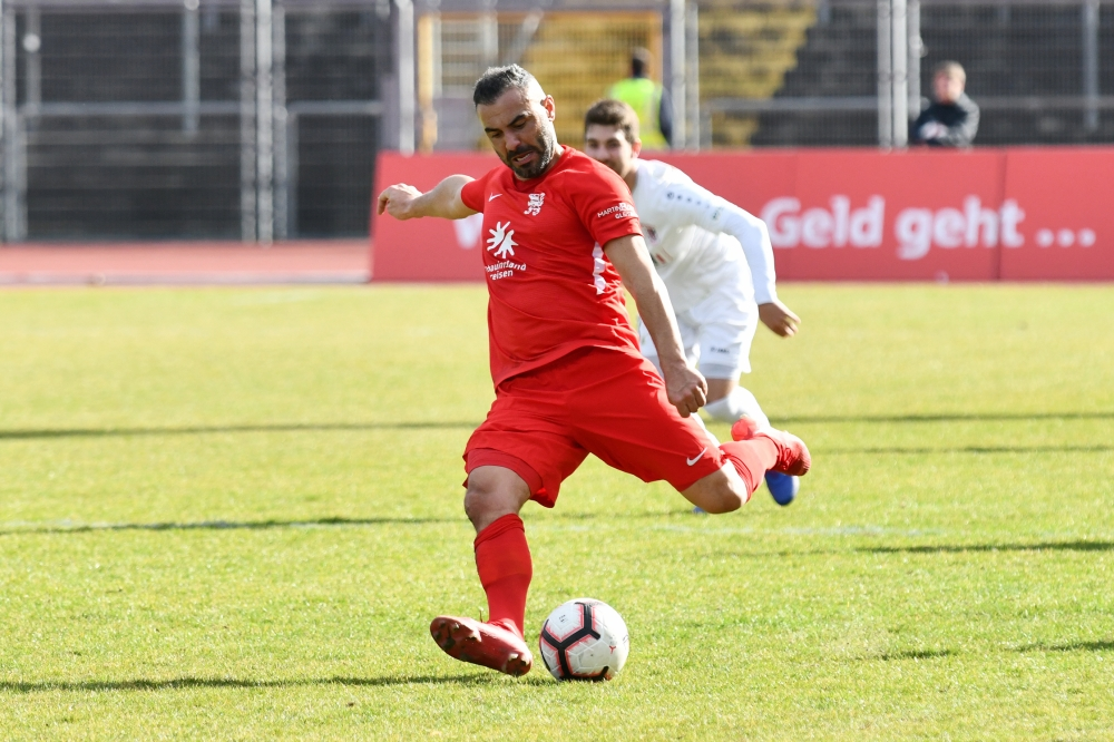 Lotto Hessenliga 2018/2019, KSV Hessen Kassel, FC Giessen, Endstand 0:0, Mahir Saglik (KSV Hessen Kassel)