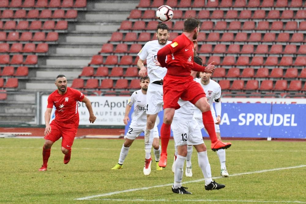 Lotto Hessenliga 2018/2019, KSV Hessen Kassel, FC Giessen, Endstand 0:0, Sebastian Schmeer (KSV Hessen Kassel)