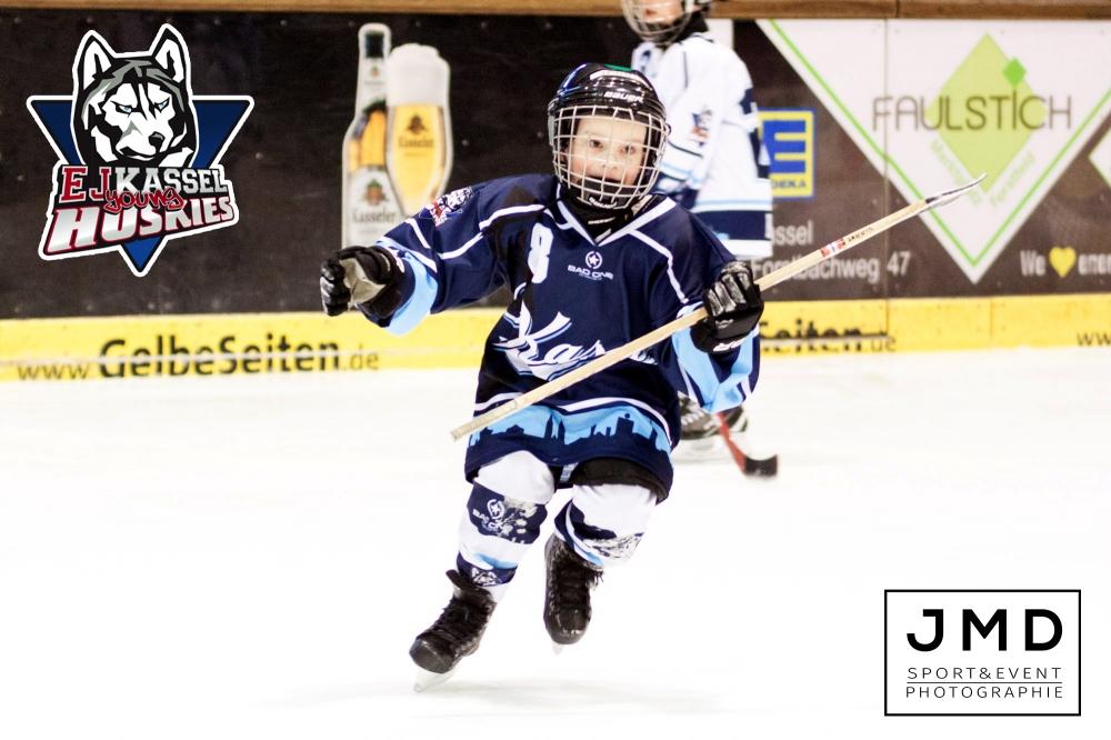 Young Huskies unterstützen Rekordspiel