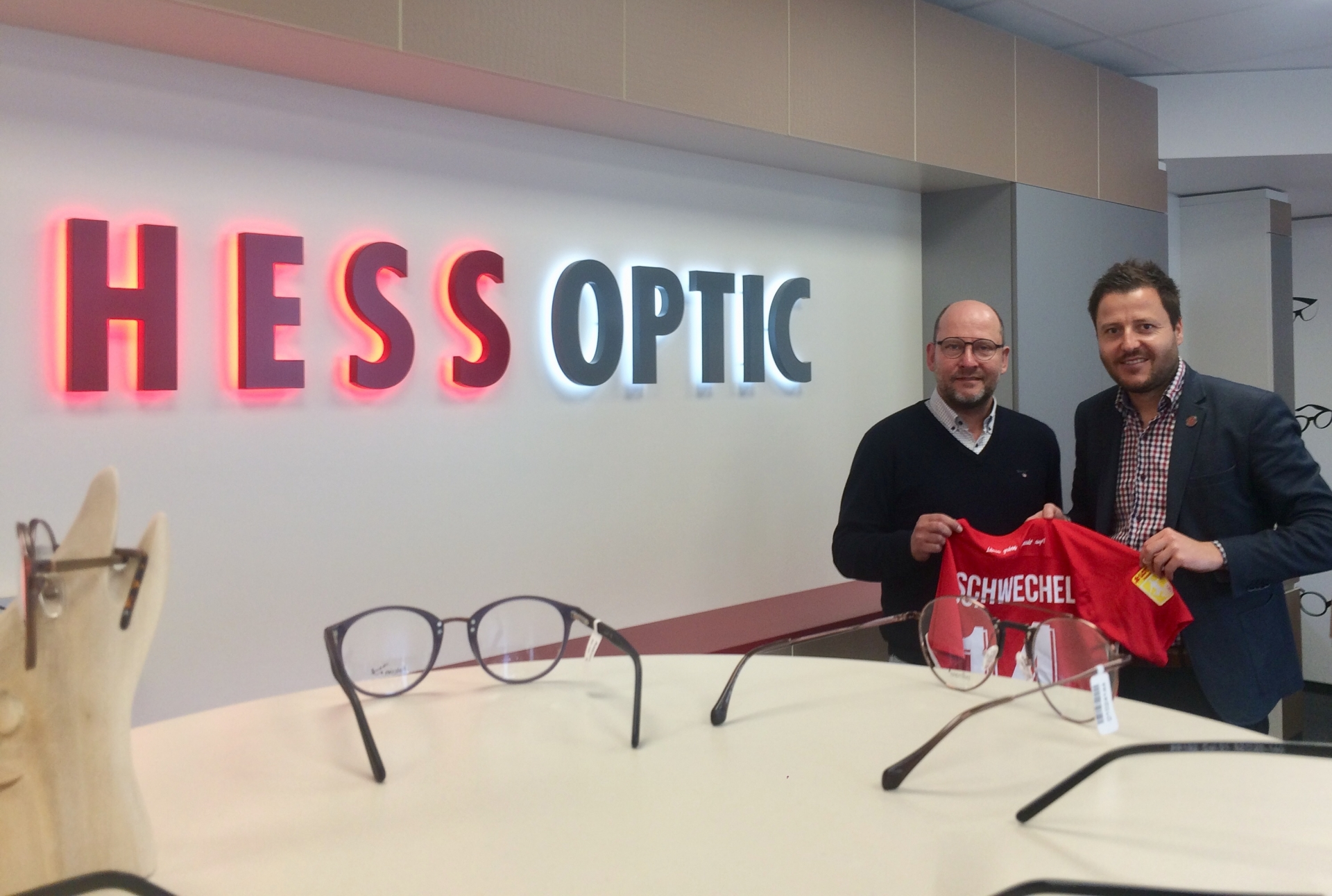 Hess Optic bleibt Partner der Löwen