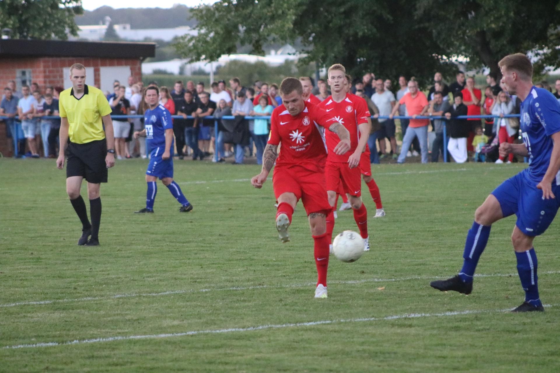 Tim-Philipp Brandner erzielt das 0:6
