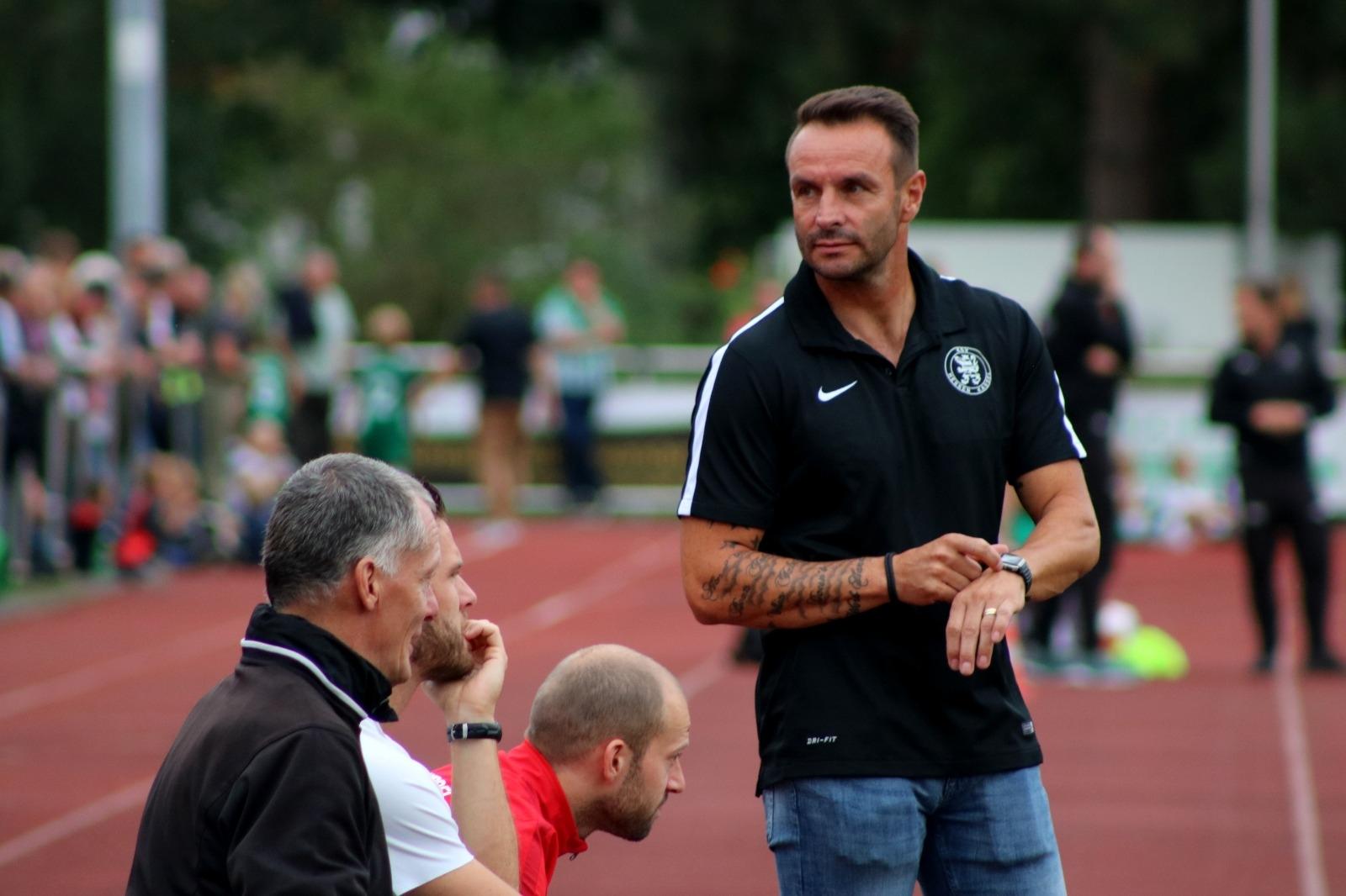 TSV Heiligenrode - KSV Hessen Kassel, Trainer Dietmar Hirsch