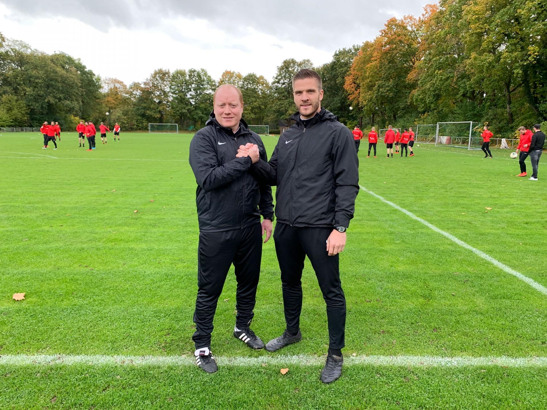 Das neue Team an der Seitenlinie: Co-Trainer Sebastian Busch und Trainer Tobias Damm
