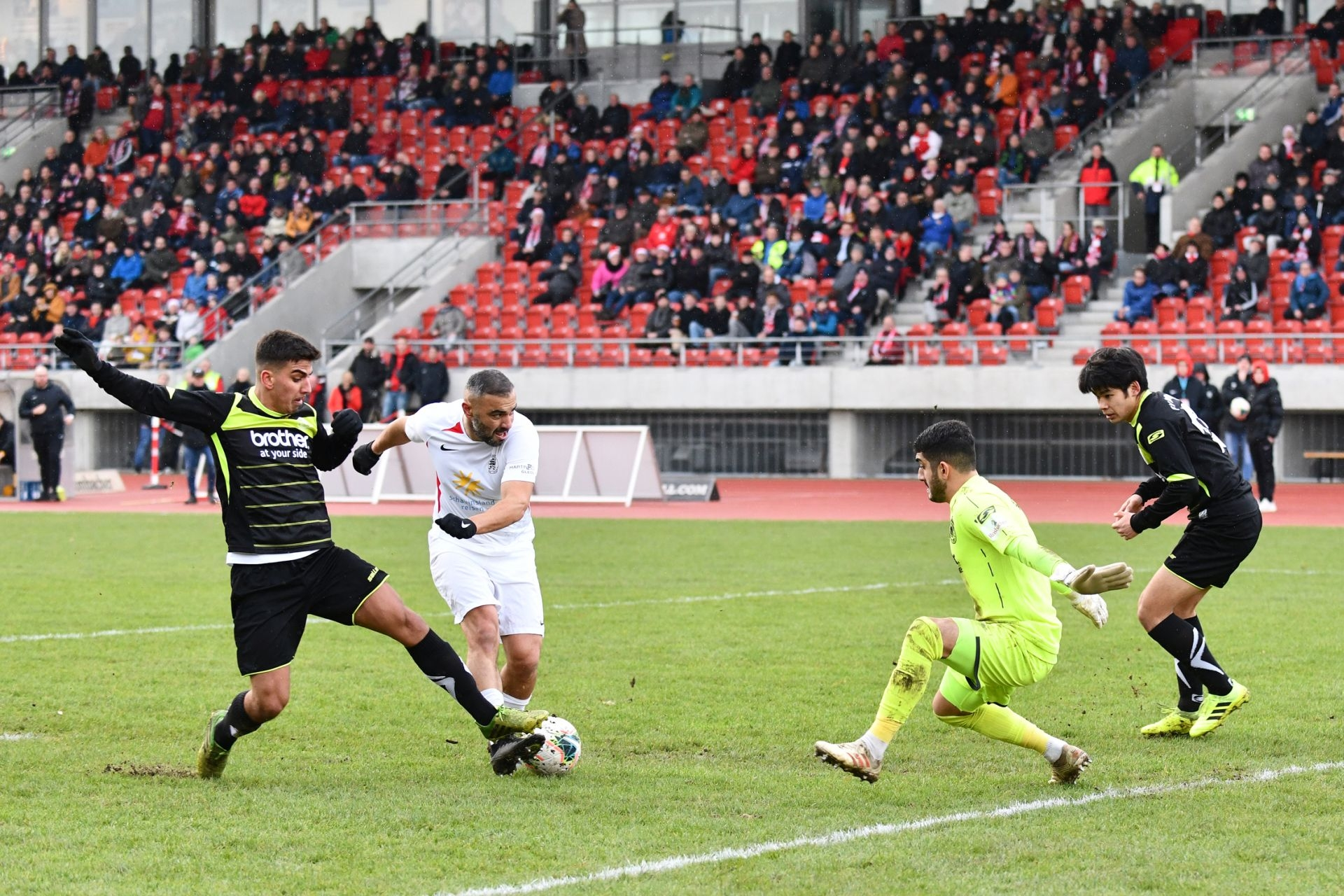 Lotto Hessenliga 2019/2020, KSV Hessen Kassel, FV Bad Vilbel, Endstand 6:1, Mahir Saglik (KSV Hessen Kassel)