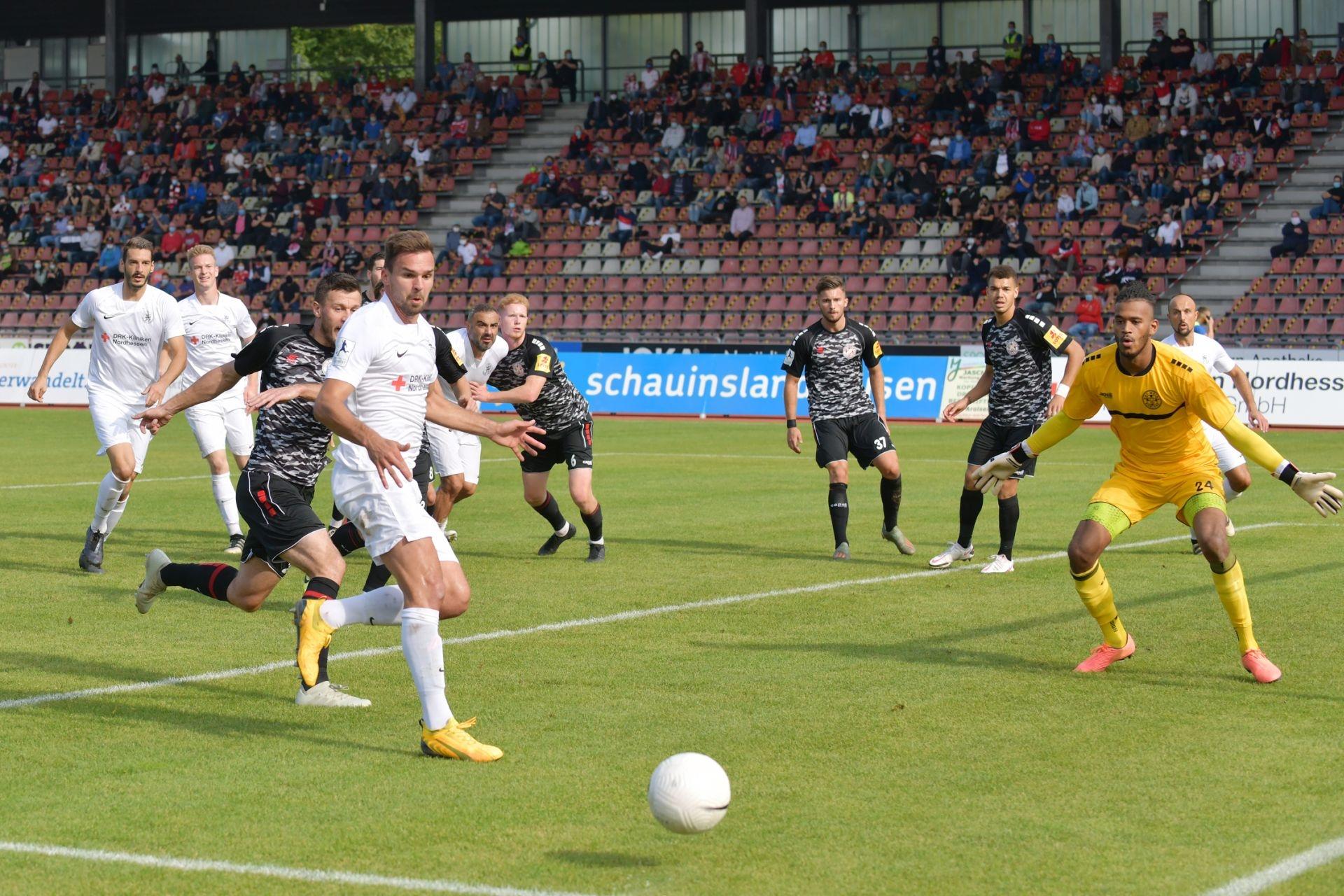Regionalliga Südwest 2020/21, KSV Hessen Kassel, Rot-Weiss-Koblenz, Endstand 1:1, Pichinot