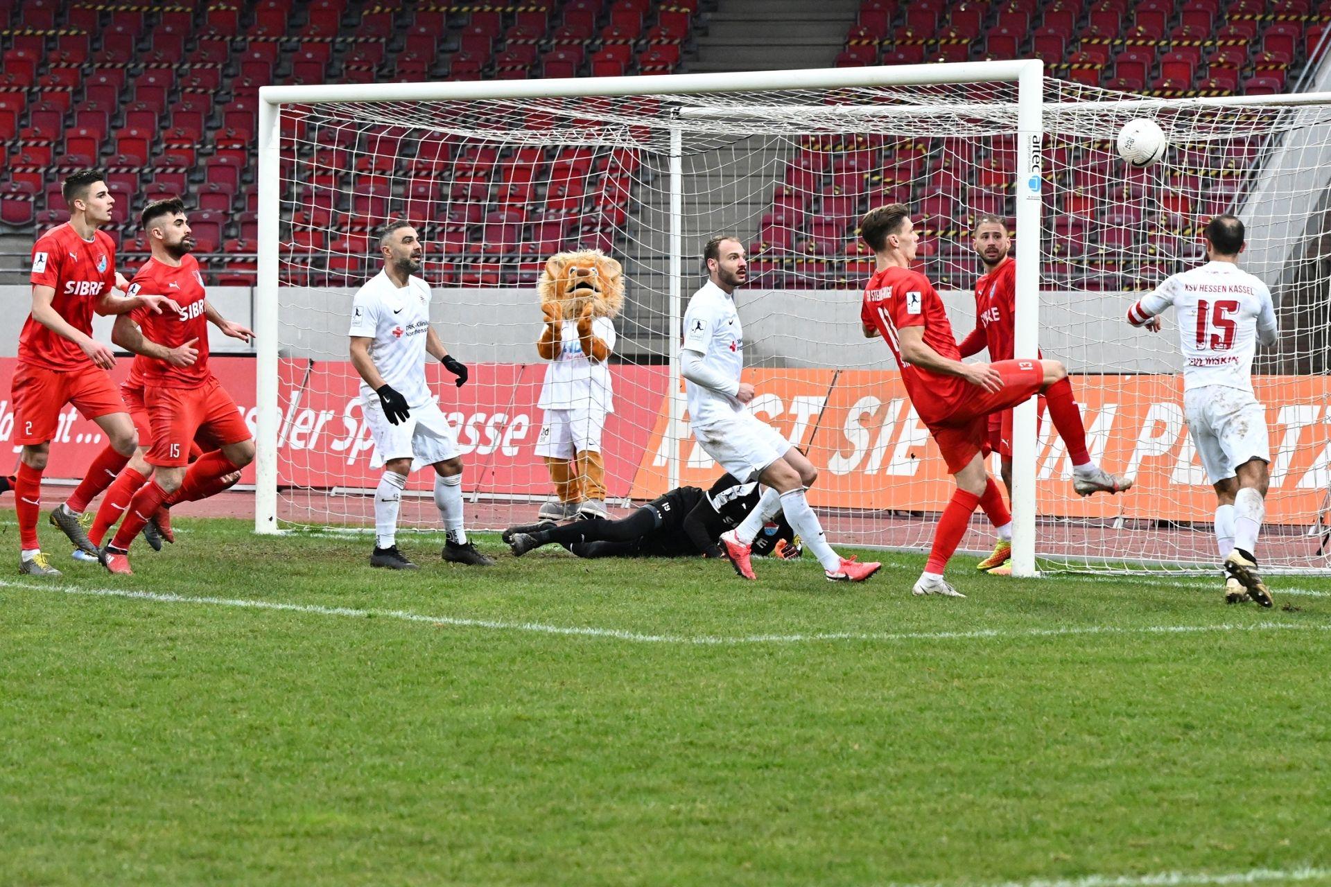 Regionalliga S�dwest 2020/21, KSVHessen Kassel, TSV Steinbach Haiger, Endstand 2:1, Tor zum 2:1
