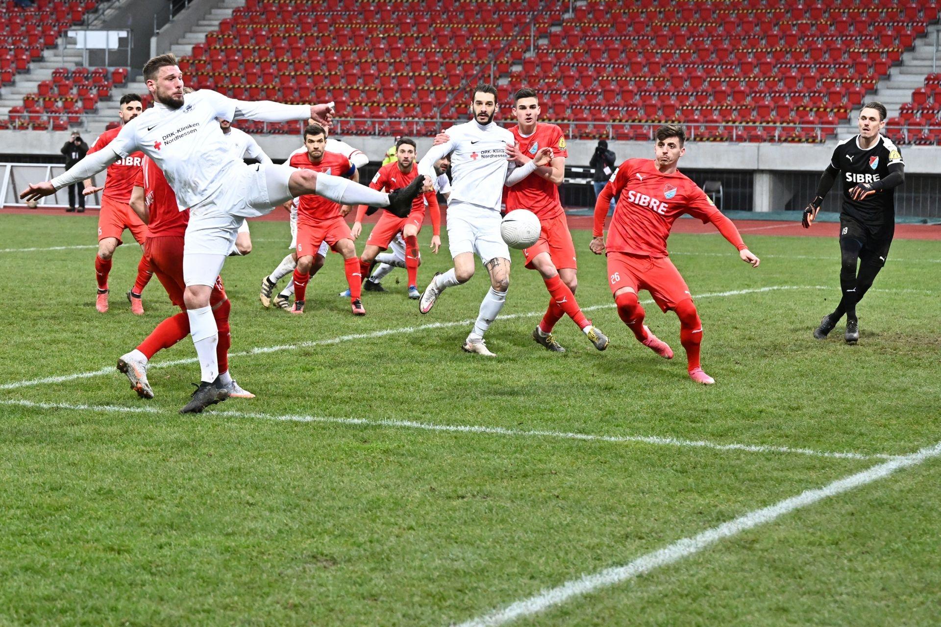 Regionalliga Südwest 2020/21, KSVHessen Kassel, TSV Steinbach Haiger, Endstand 2:1, Sebastian Schmeer