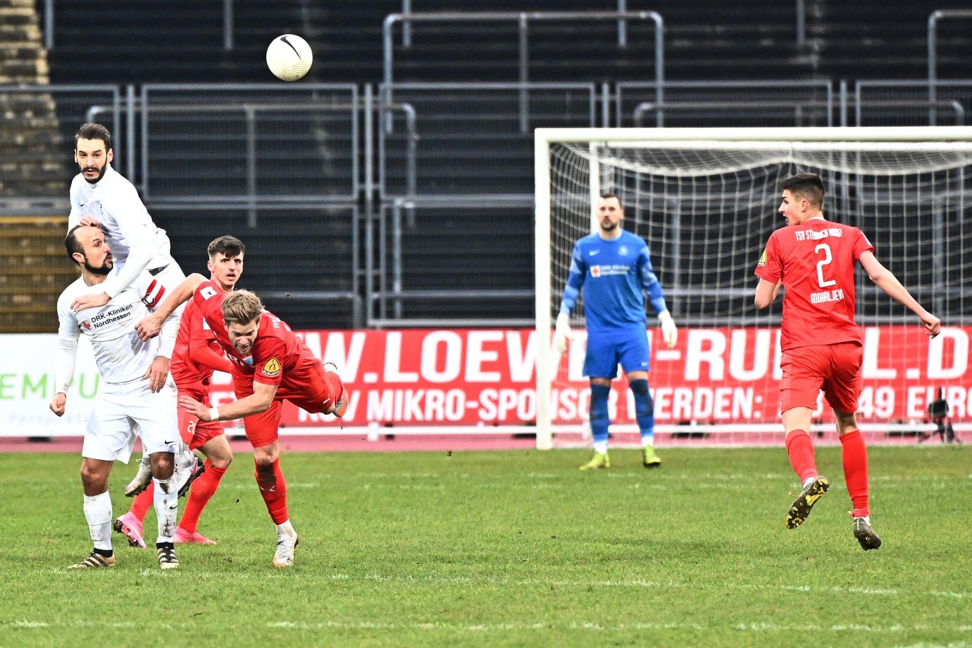 Regionalliga Südwest 2020/21, KSVHessen Kassel, TSV Steinbach Haiger, Endstand 2:1, Kevin Nennhuber, Sergej Evljuskin