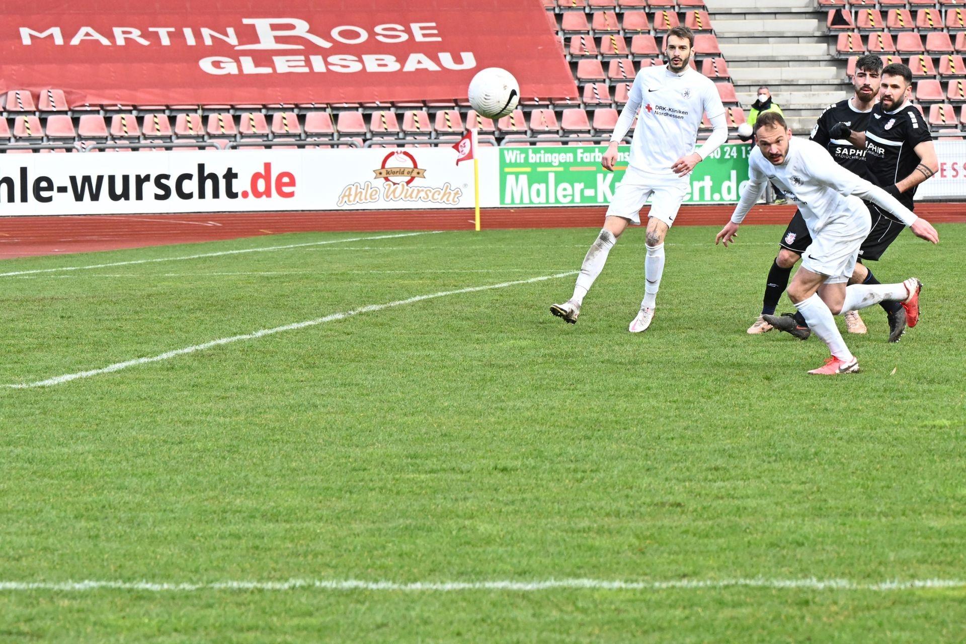 Regionalliga Südwest 2020/21, KSV Hessen Kassel, FSV Frankfurt, Endstand 2:1, Kevin Nennhuber, Robin Urban
