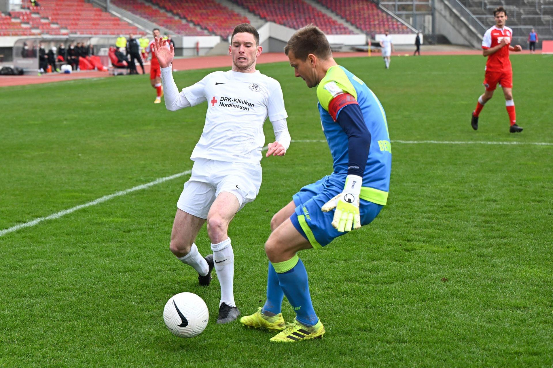 Regionalliga Südwest 2020/21, KSV Hessen Kassel, VfR Aalen, Endstand 1:1, Lukas Iksal